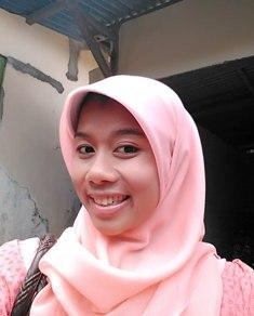 Fitri-Batik Giriloyo